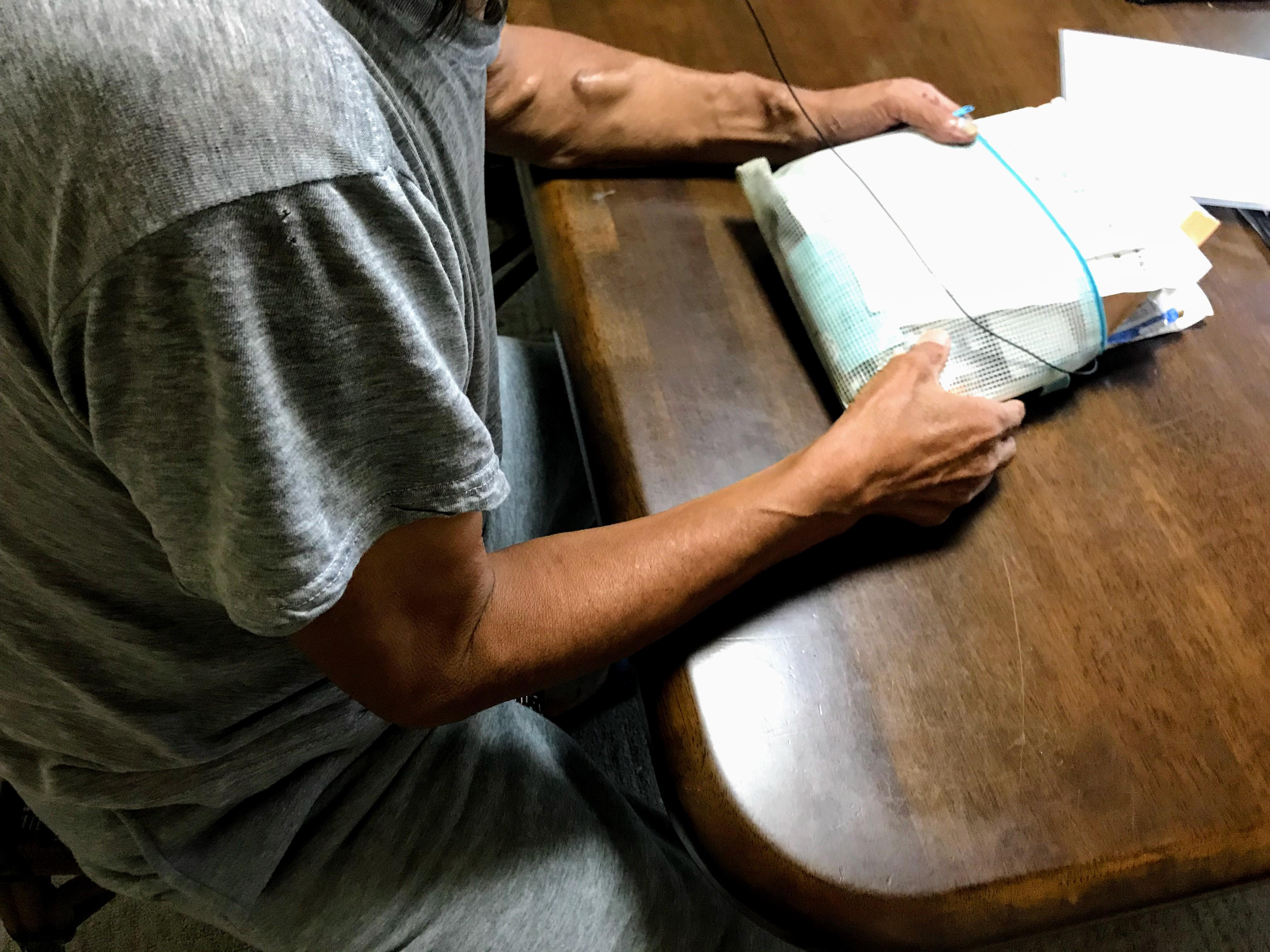 無料低額宿泊所に16年入所 人工透析をうける高齢男性の「生きる意味」とは?